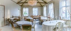 I elegante Nøgderhedens sal kan vi dekke opp til over 50 gjester.